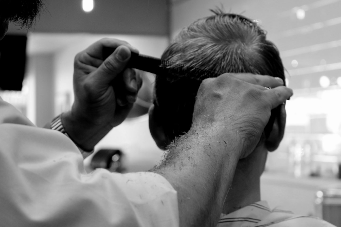 A Step-by-Step Guide on How to Become a Barber